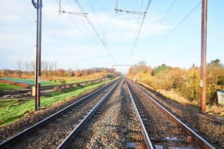 Het spoorwegnet in de zon